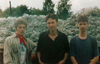 В. Кухаришин (в центре) + КАРАМАЗОВ ДРАМС