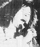 В 1970 г. Дженис Джоплин трагически погибла от наркотиков. Она была на вершине славы и успеха. В этом году ей исполнилось бы 50 лет.