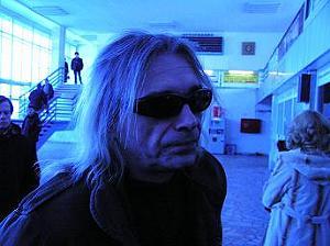 Константин Кинчев в аэропорту Сыктывкара, февраль 2005 года